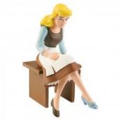 Figura Disney Cinderela Sentada